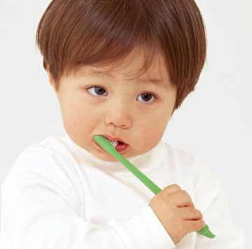 寶寶刷牙用牙膏的量