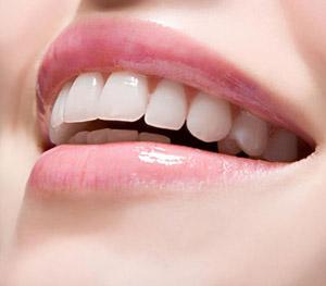 牙齿很黄,怎么美白