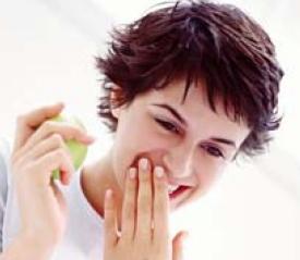 牙齿 广州 口腔 美容/浅谈牙龈出血原因和预防